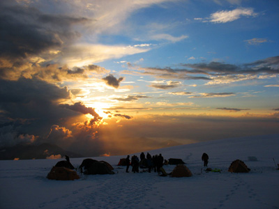 Эльбрусиада МАИ-80. Лагерь на плато 4500м