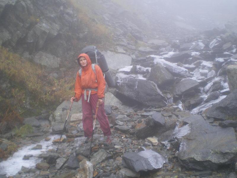 Из-за непогоды подъем с 1800 на 2400 залит льдом...посмотреть следующее фото...