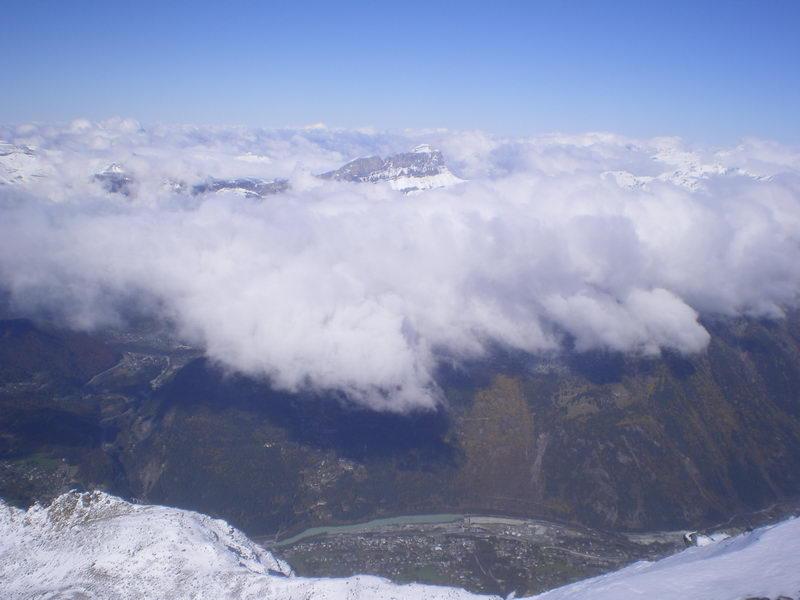 Долина Шамони с высоты 3000 м....посмотреть следующее фото...